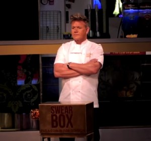 Gordon Ramsay Poses as Wax Statue at Madam Tussaud's