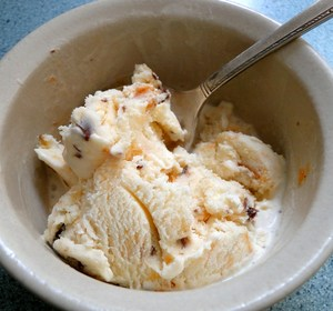 Ice cream in a bowl