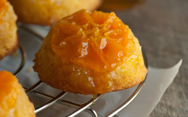Mini clementine upside down cakes