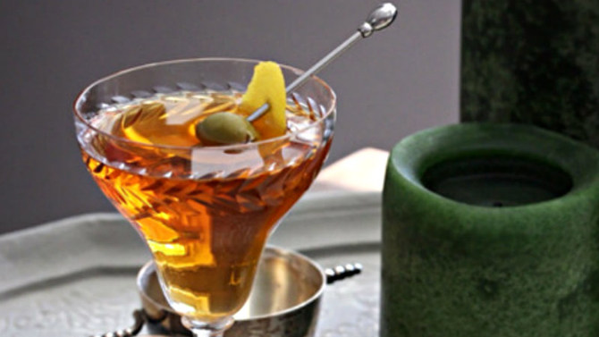 8 elegant irish whiskey cocktails for st paddy 39 s day for Cocktail 670