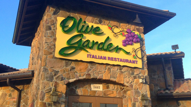 Olive Garden Rewards Early Diners With Special Deal