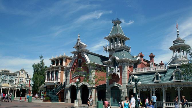 Main Street in Disneyland Paris