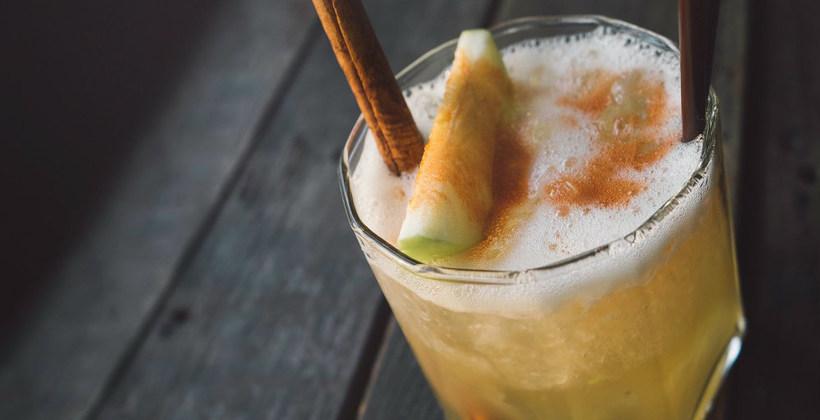 apple cinnamon cocktail